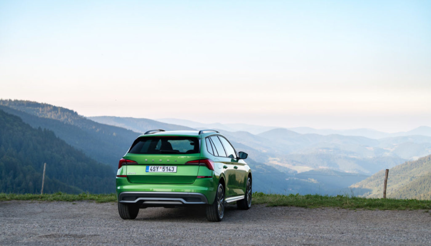 skoda-kamiq-view-nature-mountain